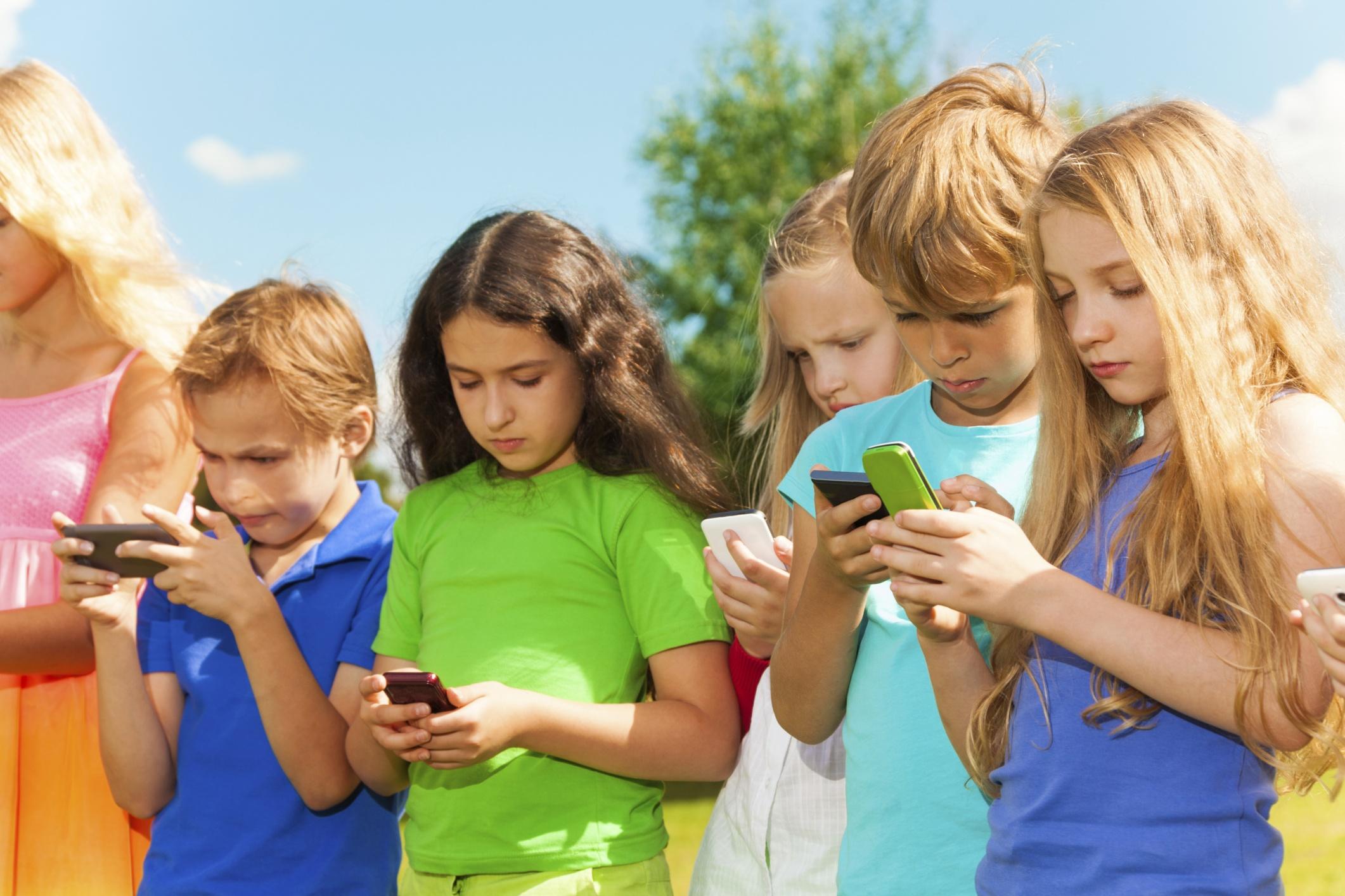 Cellphonekids